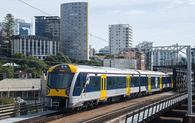 Bald wird Aucklands S-Bahnver-kehr ausschließlich von diesen neuen Elektrotriebwagen bestritten werden. (Foto: Samml. Th. Estler)