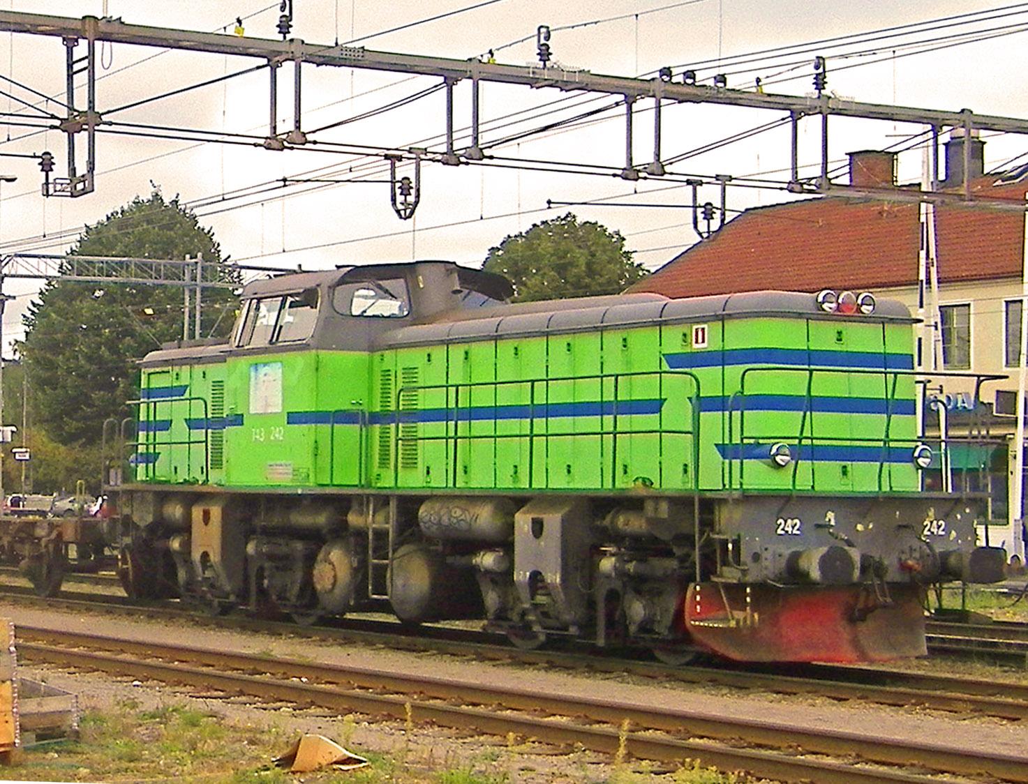 1bb Emmaboda, trafotåg, T43.242, sep.2013
