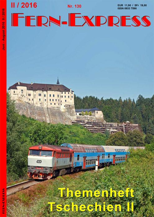 Das südlich der tschechischen Hauptstadt gelegene Sázava-Tal ist im Sommerhalbjahr ein ausgesprochen beliebtes Ausflugsziel. Am Wochenende kommen dort neben Dieseltriebwagen auch lokbespannte Reisezüge zum Einsatz. Unter der mittelalterlichen Burg Český Šternberk konnte Stefan Lindig am 3.8.2013 die Vorserienmaschine 749 006 mit Os 9207 aufnehmen.