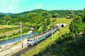 Die Uzhok-Passstrecke in den ukrainischen Karpaten
