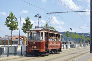 Budapest: Standseilbahn, Straßenbahnen, U-Bahn sowie Vorortbahnen, ein Museum und drei Kopfbahnhöfe